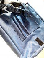 Modrá taška- vnútro